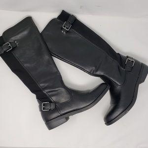Report Footwear